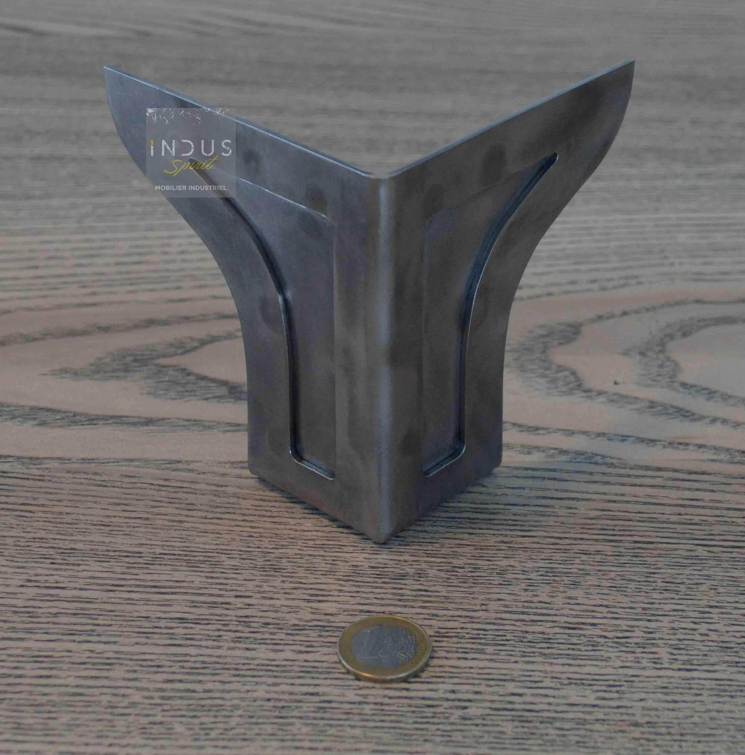 pied de meuble metallique industriel
