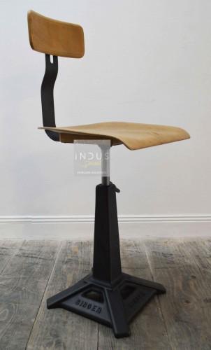 Ancienne chaise Singer