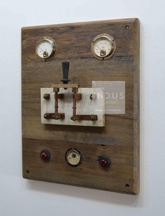 Tableau électrique style industriel