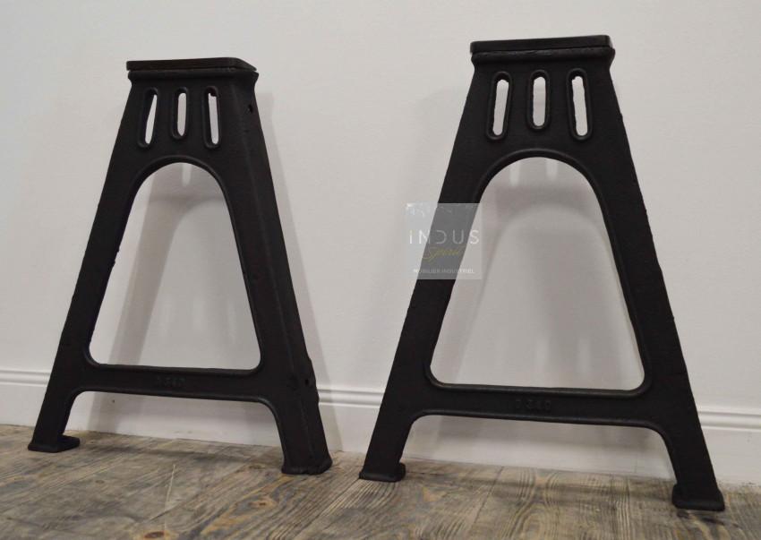 Pied de table industrielle en fonte