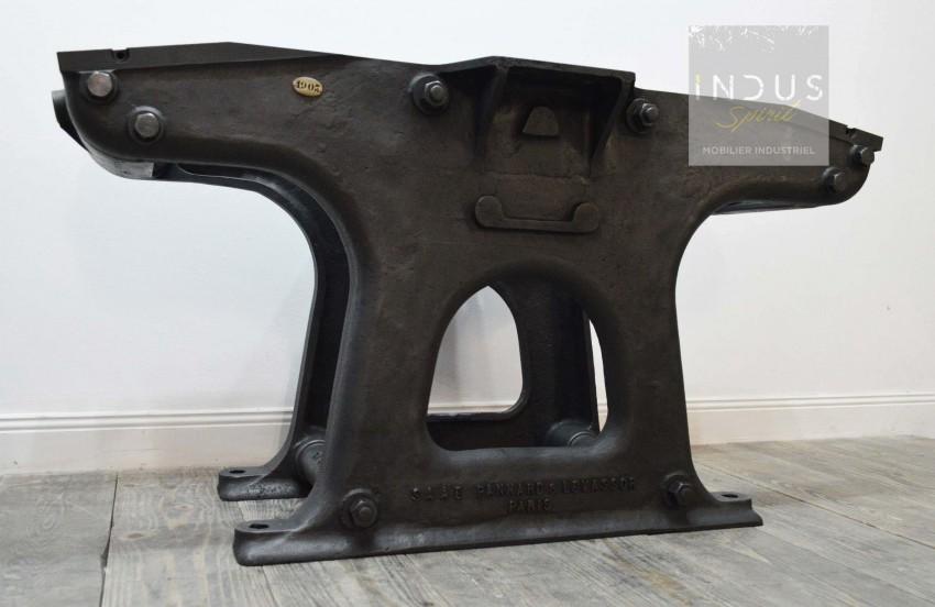 Pied central pour table industrielle