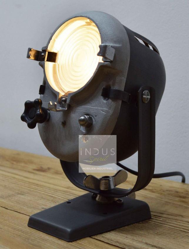 Ancien projecteur Lita