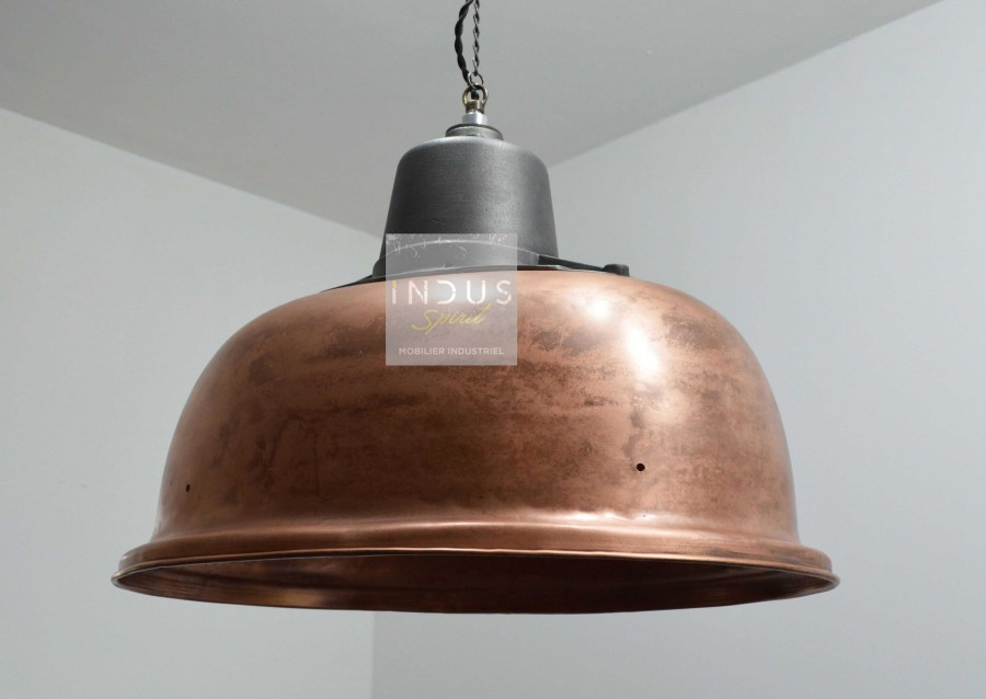Suspension industrielle en cuivre