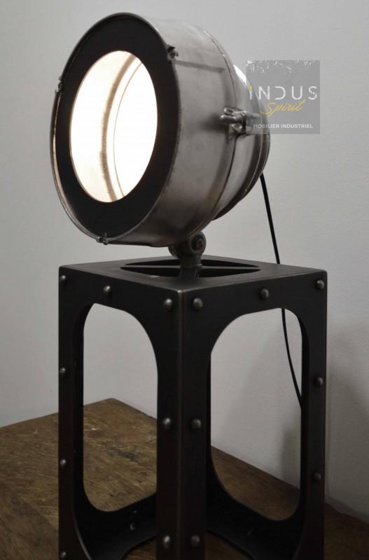 Lampe industrielle à poser