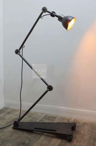 Lampe de garage Desvil