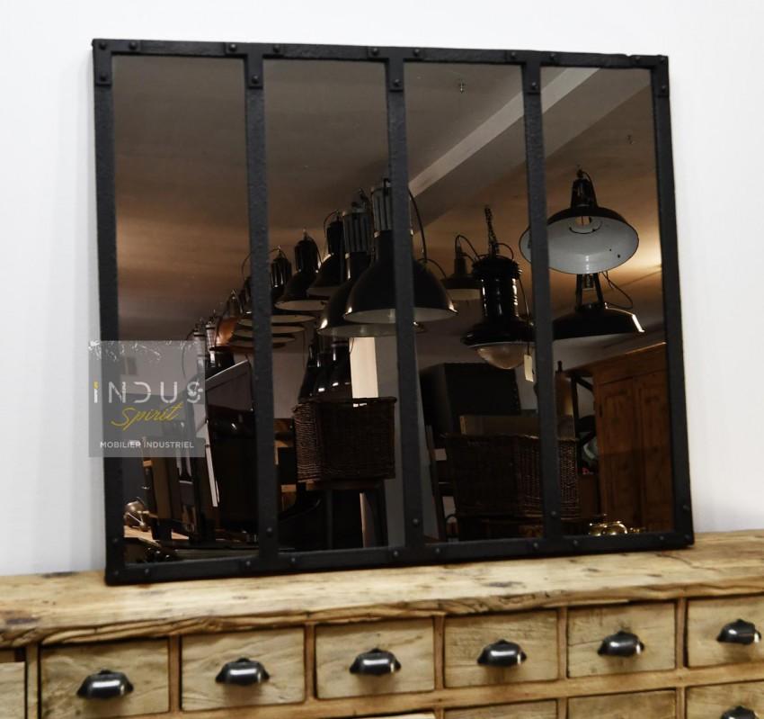 Miroir industriel riveté