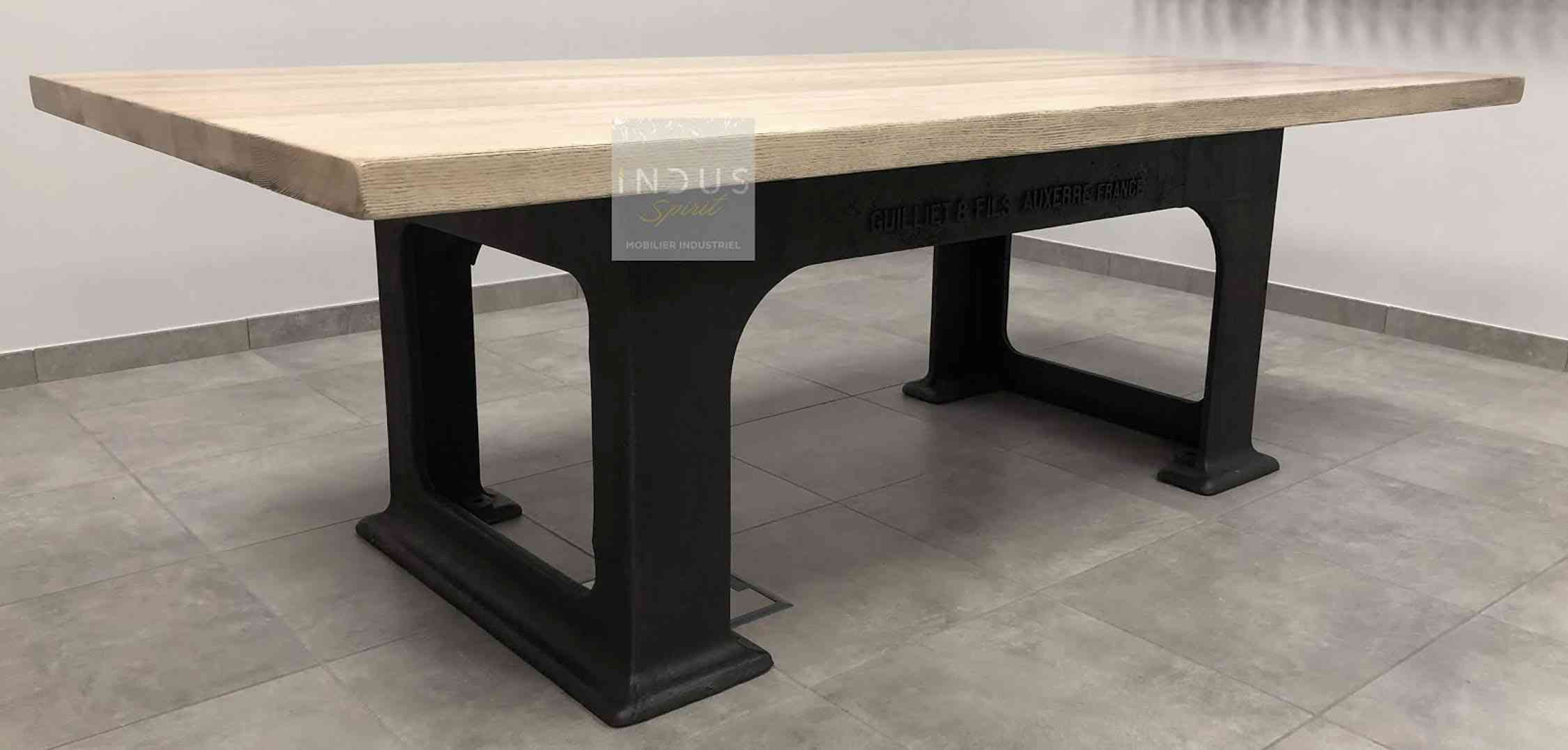 Table-industrielle.jpg